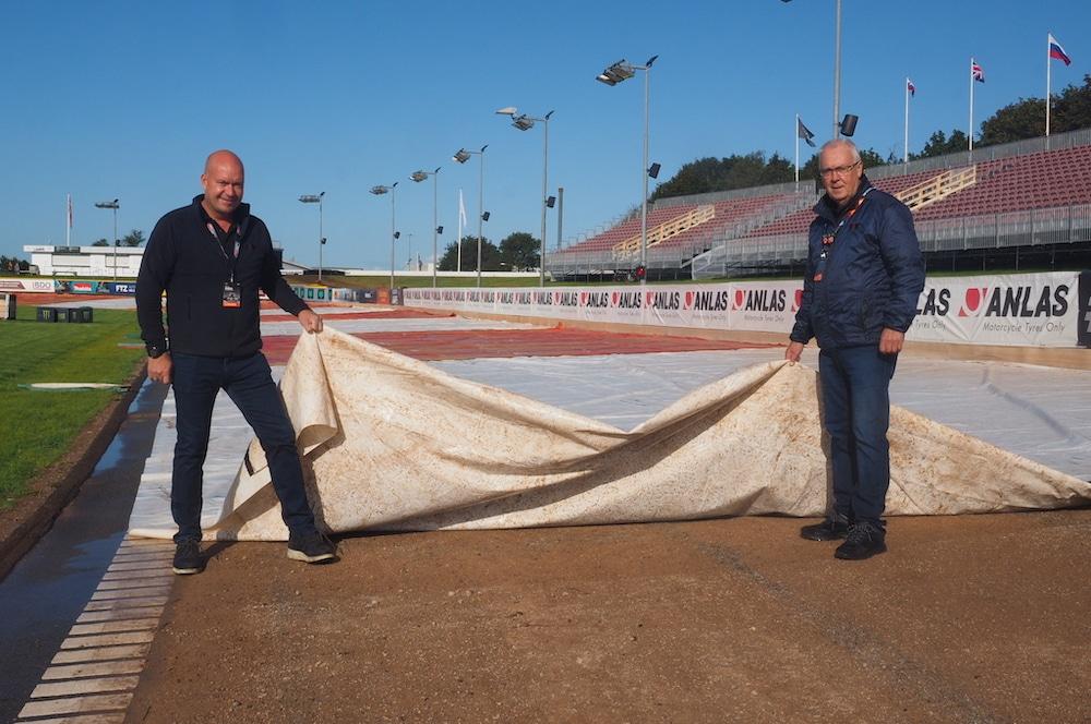 Vojens Speedway Center Pakker Banen Ud
